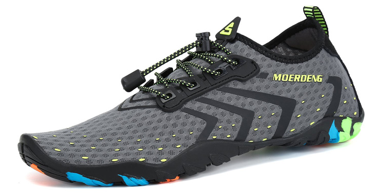6. MOERDENG Men Women Water Shoes - Preferred
